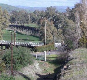 Historic rail and road bridges over the Murrumbidgee River at Gundagai. Photo: Leon Patterson