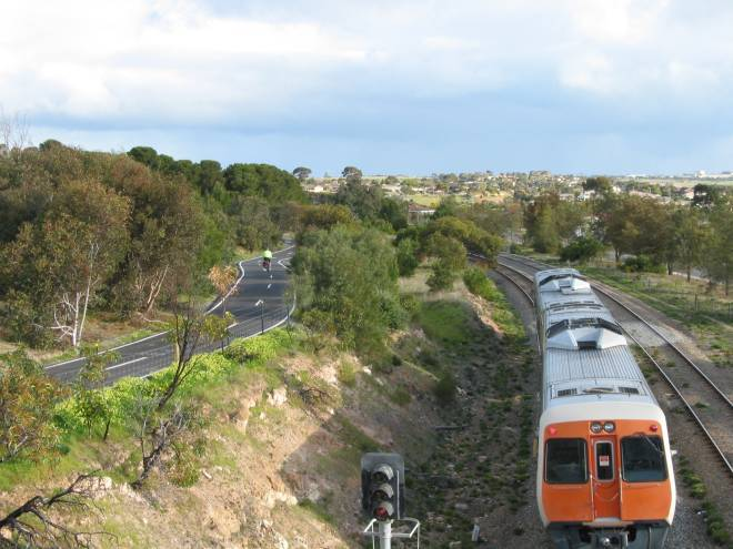 The Coast to Vines trail follows the Seaford Line at Hallet Cove S10 106 Hallett Cove 2006 09 3614