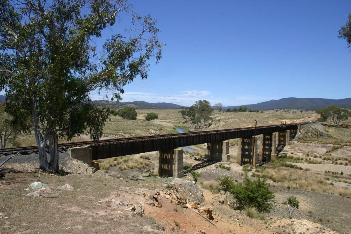 The bridge over the Molonglo River (2009)