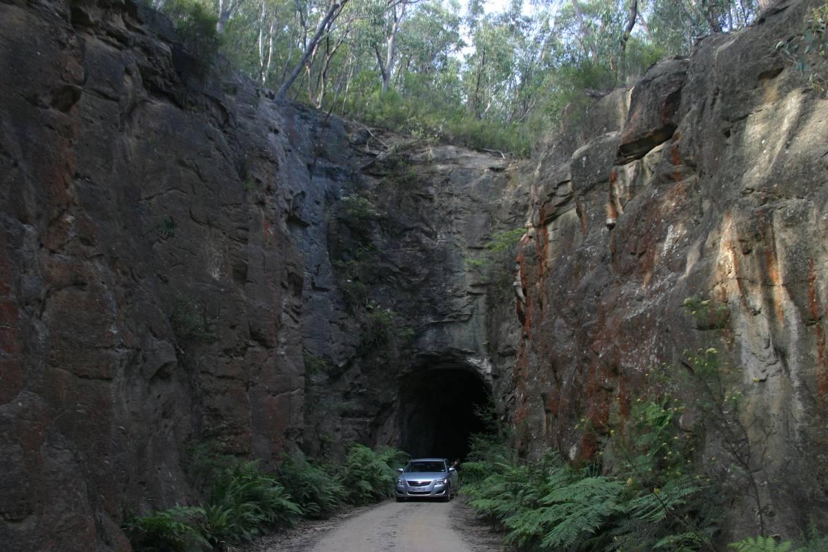Tunnel 1 (2009)