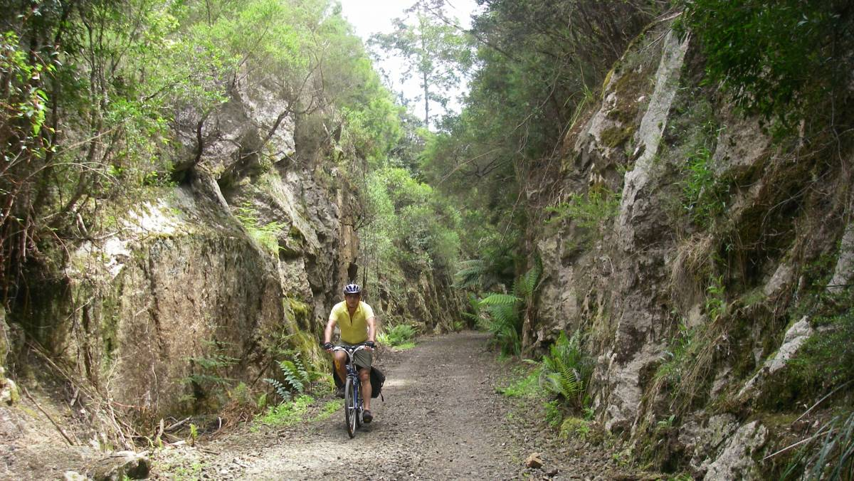 Riding through one of the many cuttings prior to surface upgrade (Malcolm Cowan 2012)