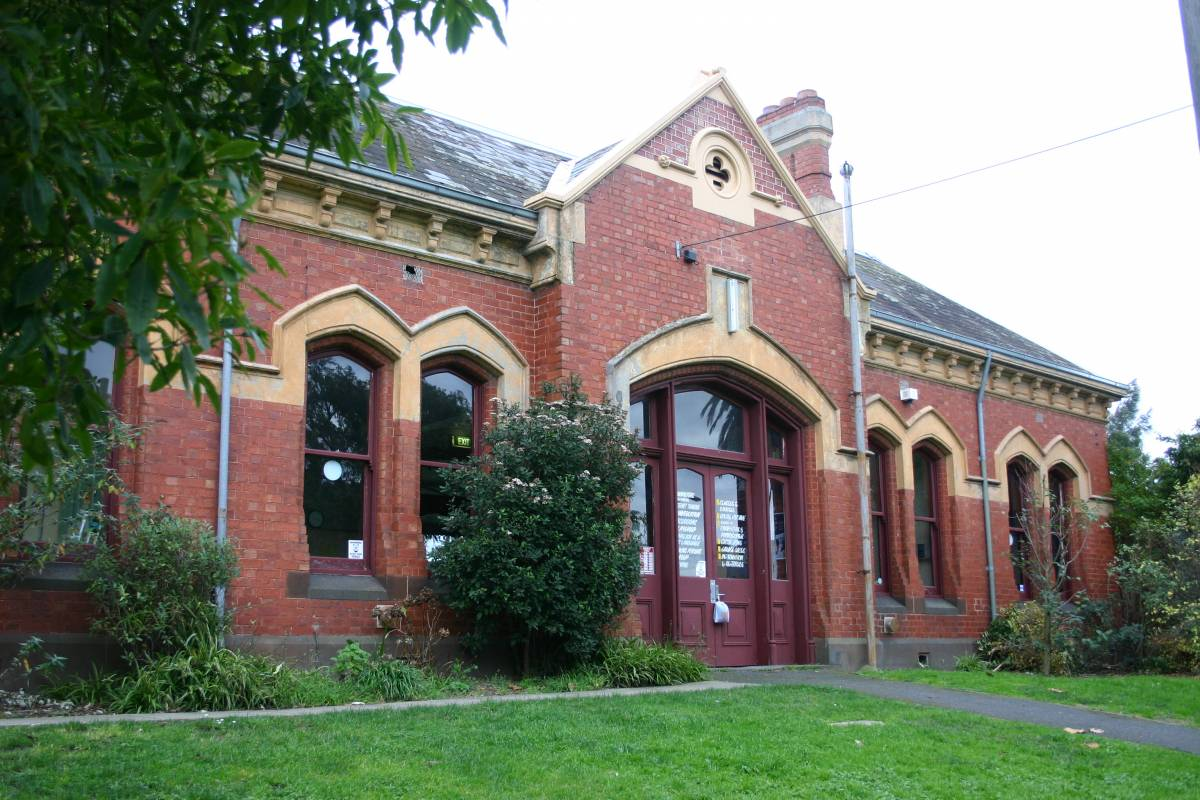 North Carlton station is now a Community House. (2006)