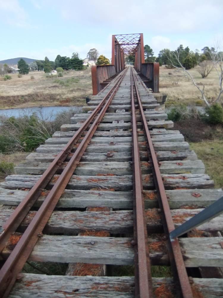 Steel bridge (closed to all traffic) at Kenmore, near Goulburn