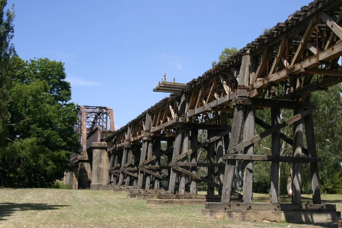 Murrumbidgee River rail bridge (2009)