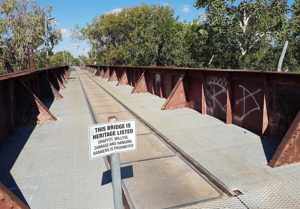 The bridge over the Katherine River (Garry Long 2018)