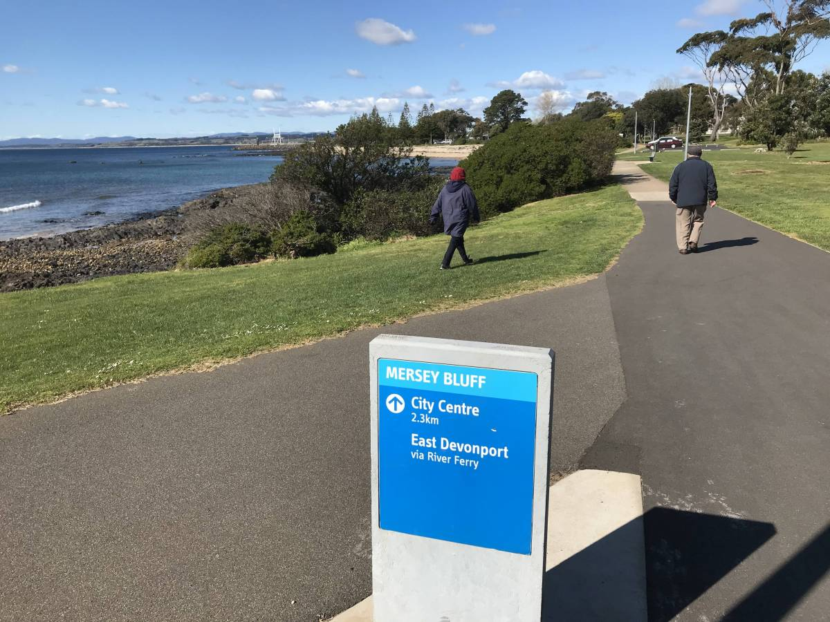 Out of Devonport the trail right along the edge of Bass Strait (2020)