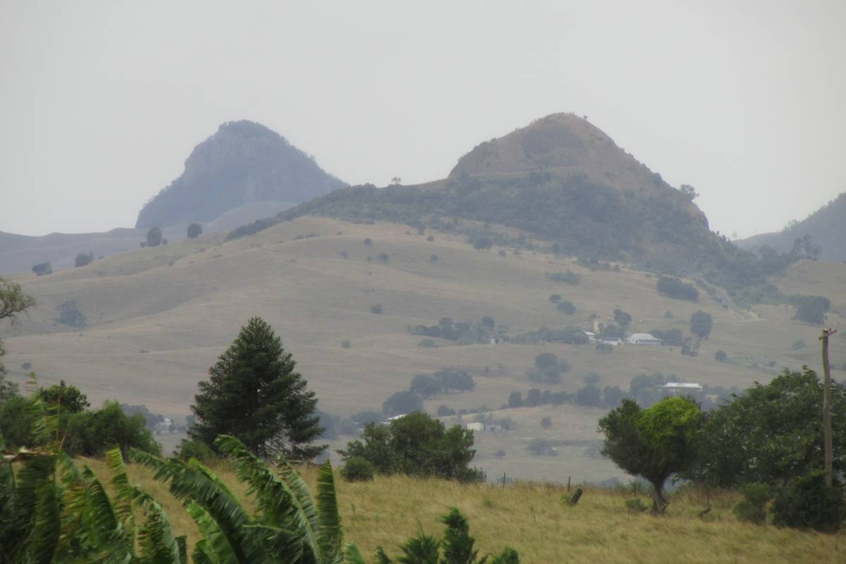 A sample of the view from Pocock road, the Scenic Rim is a majestic backdrop to the town of Boonah