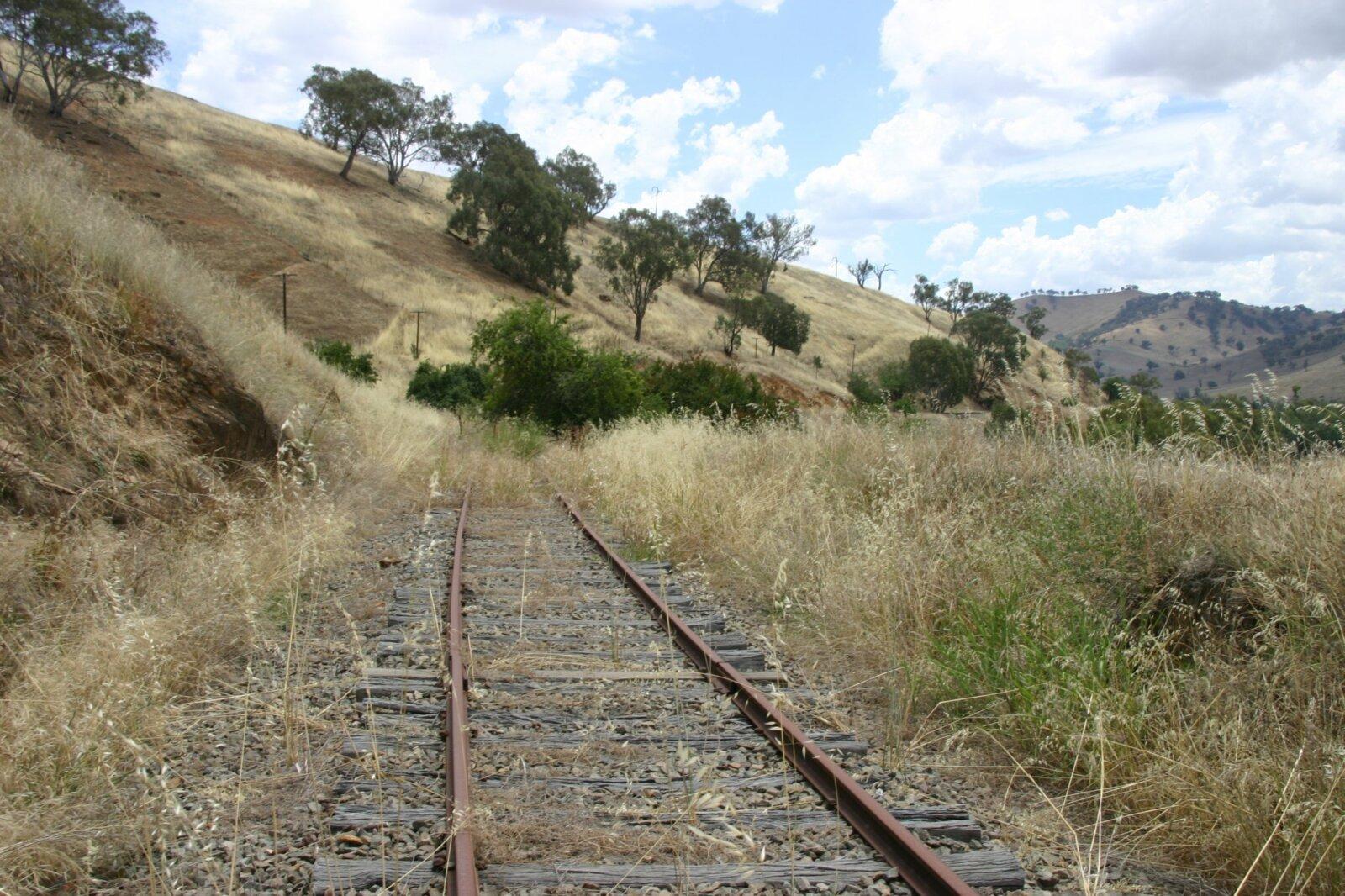 Rail corridor near Gundagai, looking towards Tumblong
