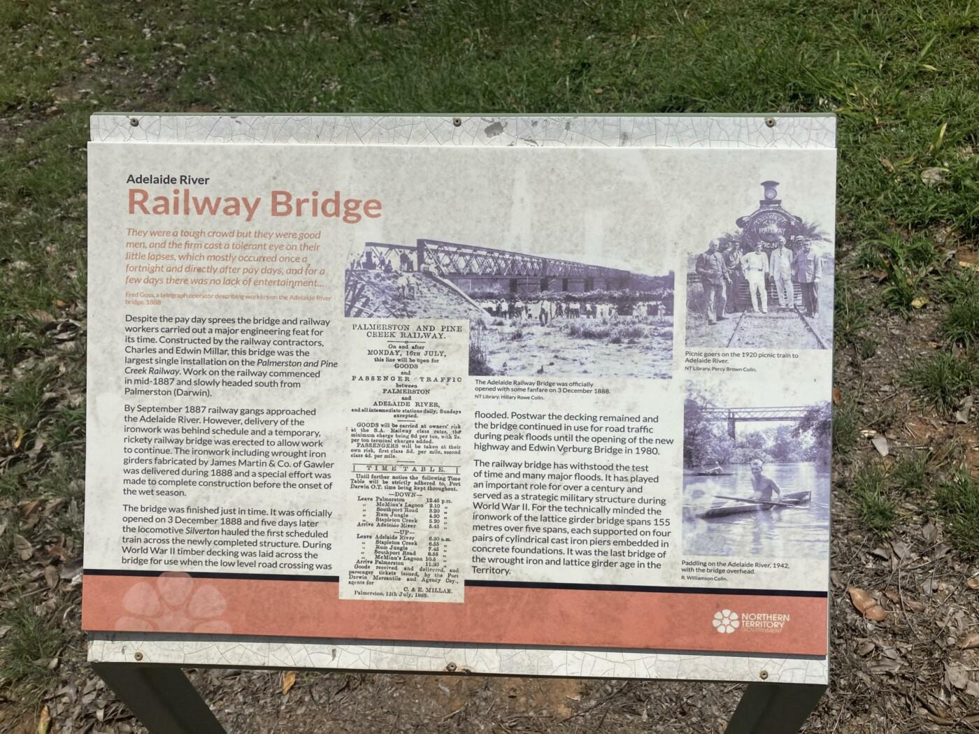 Adelaide River signage (2020-10)
