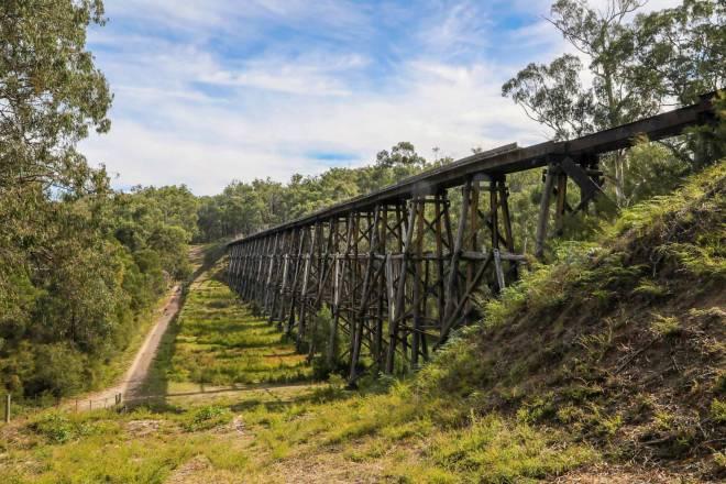 Consider making a tax deductible donation to Rail Trails Australia