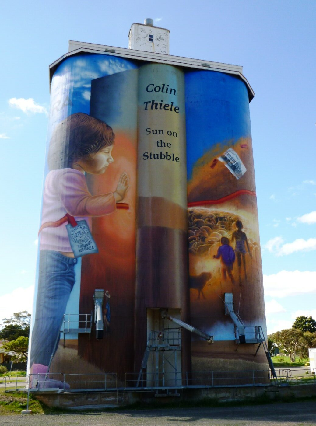 Silo art adjacent to the trail 2021