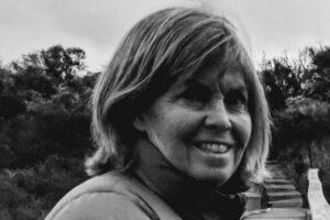 Julie Flynn