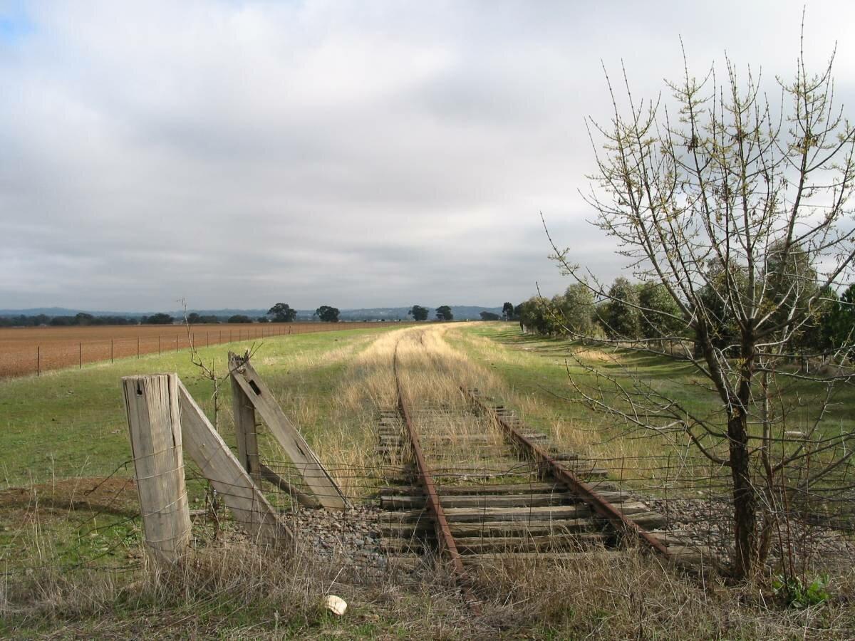 Disused rail corridor near Forest Hill