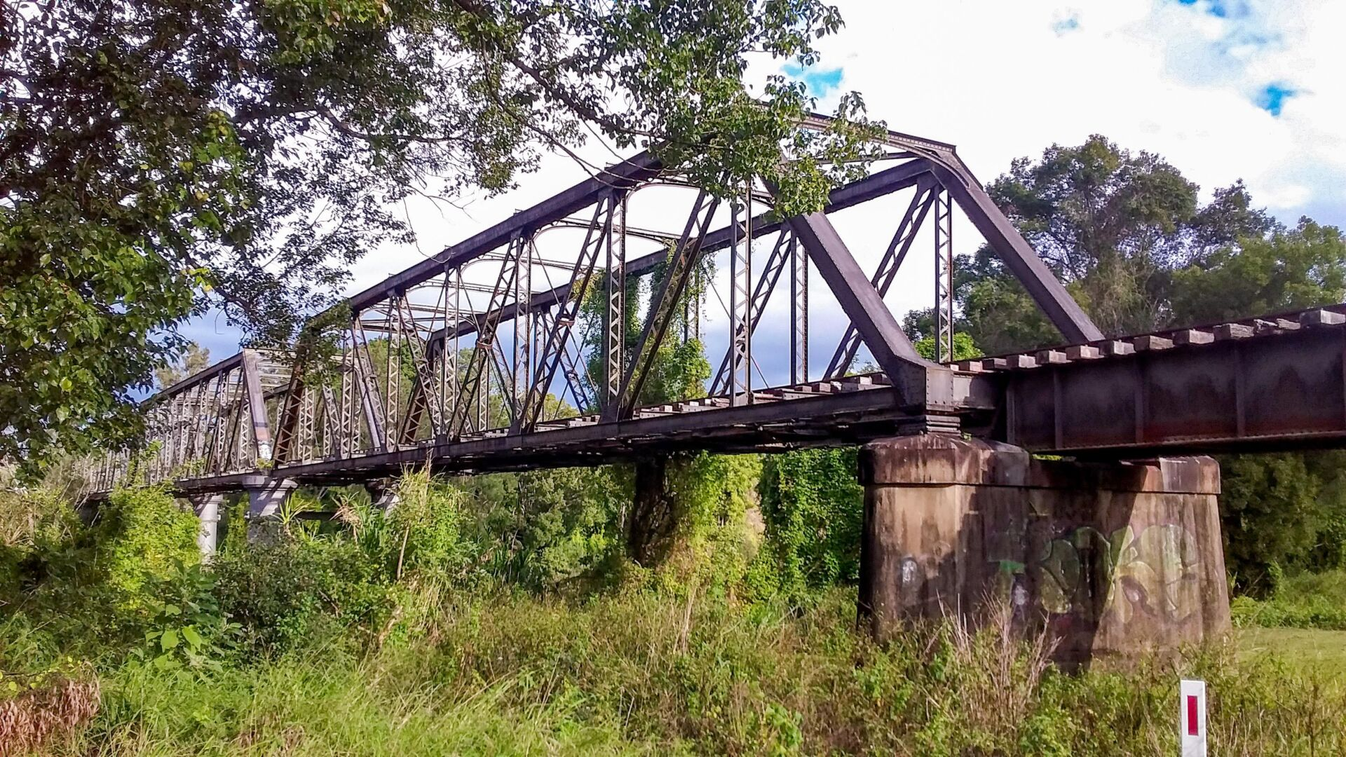 Leycester Creek Bridge at Lismore will be a real feature of the rail trail (2020)